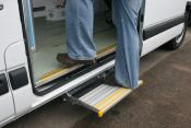Foot Operated Manual Cantilever Ambulance Step