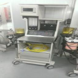 Datex / Ohmeda Excel 210 SE Anaesthetic Machine and Ventilator