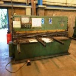 Used LGA HYDRA SHEAR 2500 x 6 # 5200
