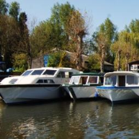 Large Family Boat Hire