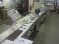 R200 servo controlled flow wrapping machine