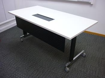 1600x800mm White Wiesner Hager n Table (CE)
