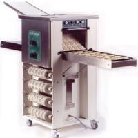 Kalmeijer biscuit, gingerbread, cookie and pie lid machinery from Eurobake