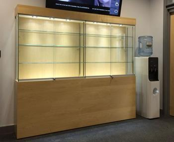 Manufacturer of Collectors Cabinets for Colleges