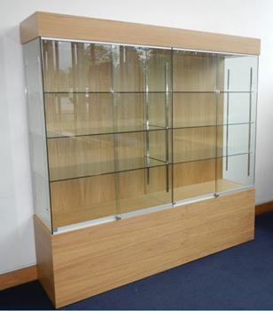 Major manufacturer of Collectors Cabinets for Universities