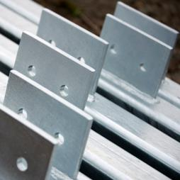 Galvanize continuous lengths of marine chain