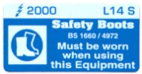 L014 S - Safety Boots Must be Worn x 100