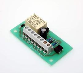 R02 Single pole relay + isolated  trigger